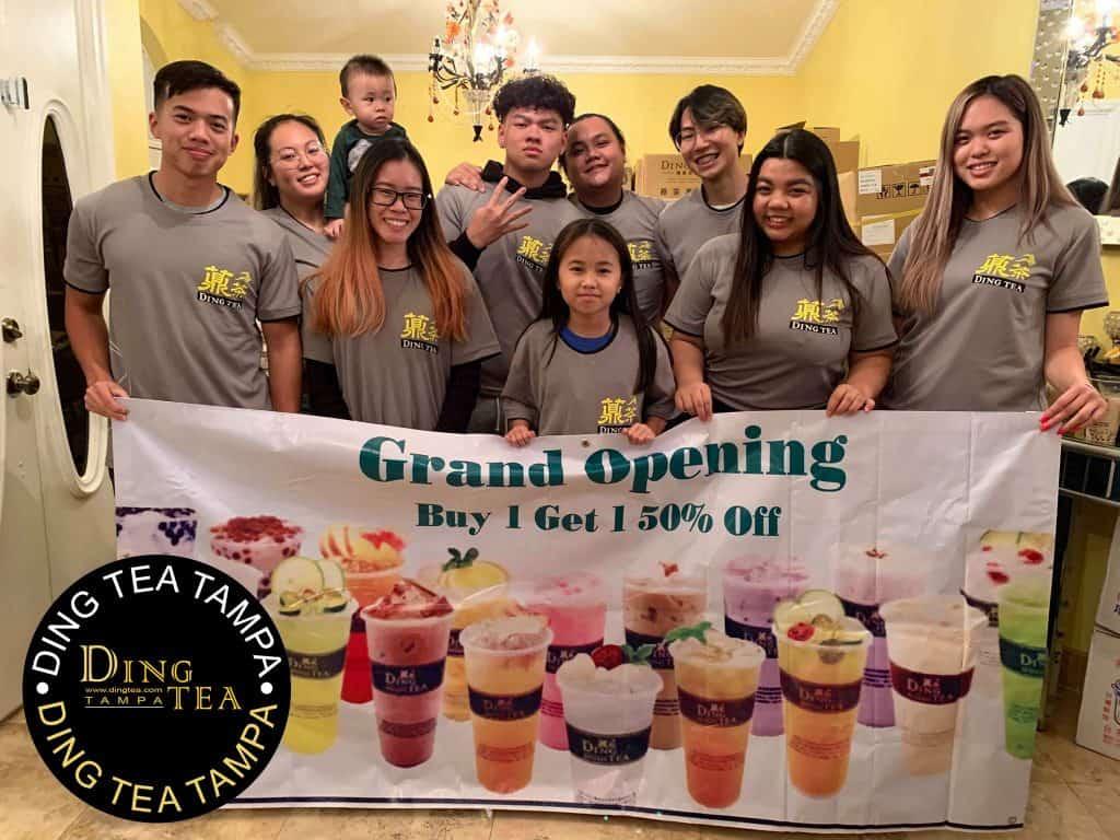 ding-tea-tampa-staff